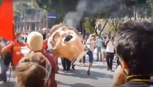 """Sem participação popular, esquerdalha indignada debulha ódio chutando a """"cabeça"""" do presidente (veja o vídeo)"""