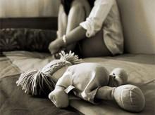"""""""Normalização"""" da pedofilia:  Uma ameaça crescente às crianças e adolescentes"""