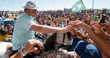 Desesperado, PT entra com ação no STF para tirar Bolsonaro dos braços do povo