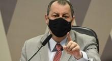 "Omar Aziz, o ""patifão"", ameaça ministro da saúde (veja o vídeo)"