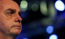 Em testemunho forte, Bolsonaro se emociona, enche os olhos de lágrimas e desabafa (veja o vídeo)