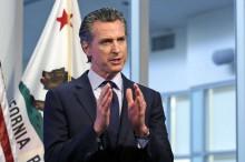 Governador democrata pode ser tirado do cargo ainda em 2021