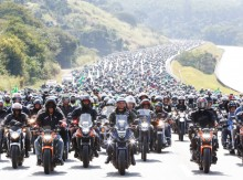 O relato emocionante de quem esteve ao lado do presidente na motociata histórica em SP