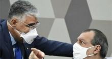 """CPI pega fogo em discussão entre Aziz e Girão: """"Não é Escolinha do Professor Raimundo"""" (veja o vídeo)"""