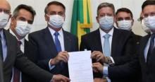 """Jornalista revela que oposição quer boicotar """"Auxílio Brasil"""" e impedir aumento proposto por Bolsonaro"""