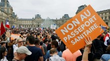 Norte-Americanos e Europeus voltam a protestar contra a ditadura sanitária