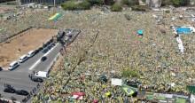 O emocionante momento em que o povo canta o hino nacional em Brasília (veja o vídeo)