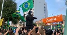 No RS, estátua de Bolsonaro é inaugurada no centro da cidade (veja as fotos)