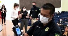 Para o desespero de maconheiros, Governo e PRF apresentam o 'drogômetro' (veja o vídeo)