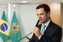 Ministro pede que a PF abra inquérito contra a IstoÉ por crime contra a honra do Presidente da República
