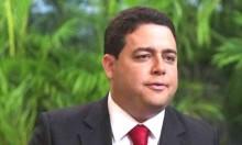 Fracasso sobe a cabeça e Felipe Santa Cruz se lança ao governo do Rio