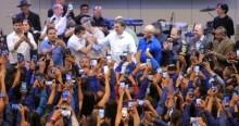 Bolsonaro chega de surpresa em formatura da PM e causa emoção sem fim (veja o vídeo)