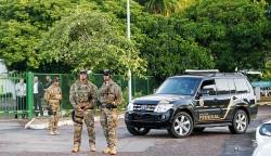 Polícia na casa de Eduardo Cunha