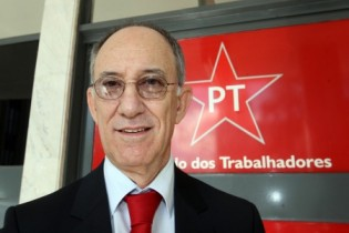 PT vai representar no TSE contra programa do PSDB