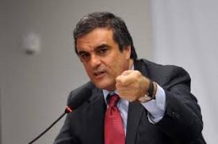 Ministro da Justiça será ouvido na quarta pela CPI da Petrobrás