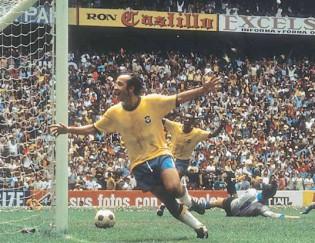 Paixão e glória do futebol brasileiro