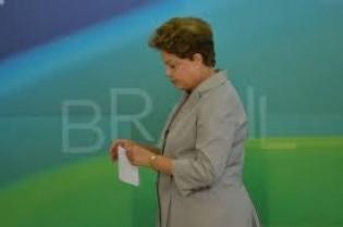 Paradoxal: O maior opositor de Dilma, além dela própria, é seu partido