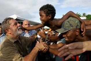 Lula vai apelar e tentar fazer do 'impeachment' uma disputa entre ricos e pobres