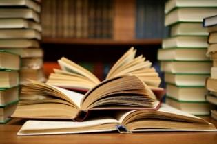"""Dilúvio de livros """"Espíritas"""" Delirantes"""""""