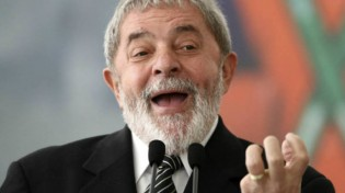 Sobre a declaração do ex-Presidente Luiz Inácio Lula da Silva anunciando a própria santidade