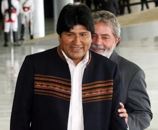 Evo, o boliviano bolivariano faz ameaça para caso de destituição de Dilma
