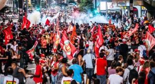 Manifestantes 'fora Temer' planejam enfrentar a polícia com escudo de crianças (veja a criminosa postagem)