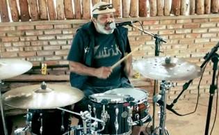 O tiro no baterista