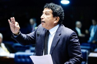 Discurso de Magno Malta em defesa de Moro abala a estrutura de Renan (veja o vídeo)