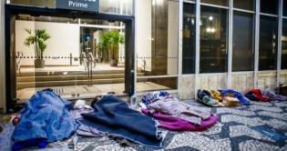 Ao invés de bolsas, Dória irá oferecer moradia e 20 mil empregos para moradores de rua