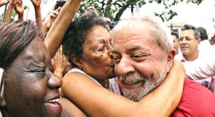 O agonizante esperneio da militância petista e as últimas vítimas de Lula