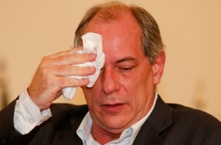 Ciro Gomes tinha parte na propina da JBS destinada a Cid