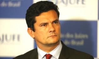Petistas falsificam capa da 'Veja' para agredir Sérgio Moro