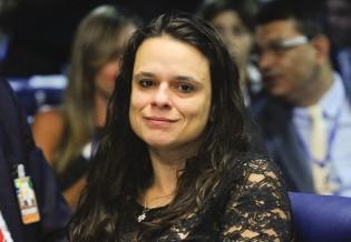 Janaína Paschoal: se Temer for absolvido no TSE será por excesso de provas