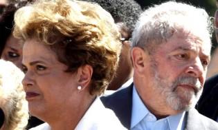 Lula, traiçoeiro, aproveita ausência de Dilma na caravana e apunhala a companheira