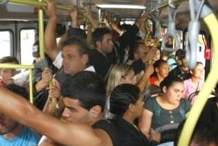 A superlotação nos transportes coletivos urbanos