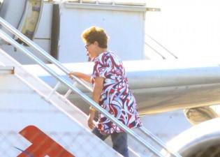 """Dilma sai esta semana em novo """"tour"""" de 11 dias pela Europa, com dinheiro público"""