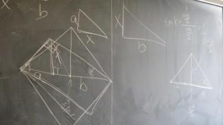 Na Matemática porque usamos o X como símbolo para incógnitas?