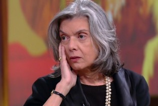 Carmen Lúcia se recusa a assinar manifesto em apoio a Gilmar