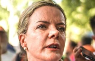 """Gleisi ataca novamante: """"Para prender Lula vai ter que matar gente"""""""