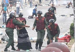 O povo venezuelano agoniza. Onde estão os hipócritas defensores dos direitos humanos? (Veja o Vídeo)