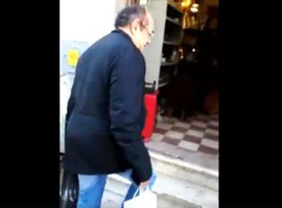 """Gilmar é novamente hostilizado em Lisboa e se esconde em loja: """"palhaço"""" (Veja o Vídeo)"""