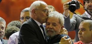 Gagá, Suplicy quer ir preso junto com Lula e calunia TRF-4 e Moro