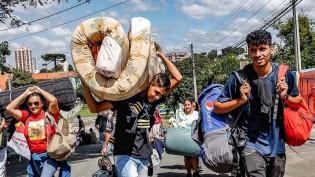 Frio esvazia acampamento petista em Curitiba (Veja o Vídeo)