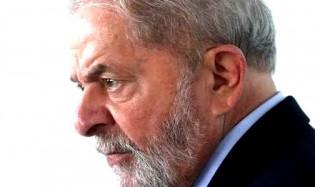 Lula faz a sua primeira manifestação após a prisão e desafia Moro