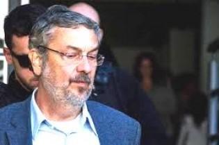 Prisão de Lula causa  efeito imediato na língua de Palocci