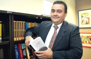 STJ derruba decisão do TRF-1 e dá cala boca em presidente que atacou Moro
