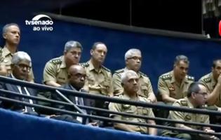 Militares marcam presença no Congresso Nacional e geram inúmeras teorias (Veja o Vídeo)