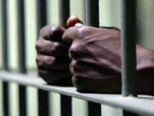 Rio aprova lei do PSOL de luta contra prisão de bandidos negros e vídeo de jovem negro viraliza