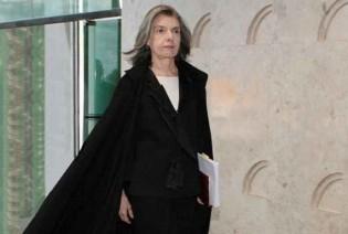 """Cármen Lúcia detona pretensão de Lula: """"A toga não é minha, a toga é do Brasil"""""""