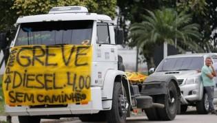 Áudios anunciando nova greve de caminhoneiros neste domingo infestam WhatsApp (Ouça)